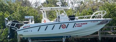 Fire Boat2019-12-09 192409.jpg
