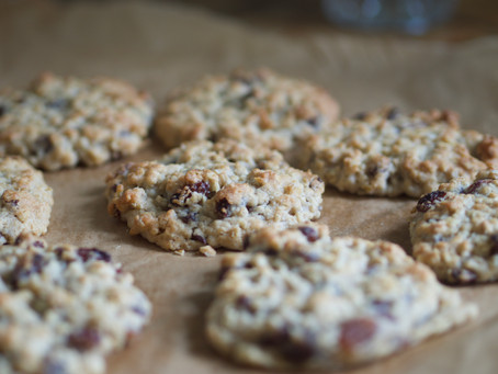 The softest oat and raisin cookies