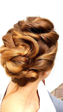 Elegant hairstyles for the red carpet.