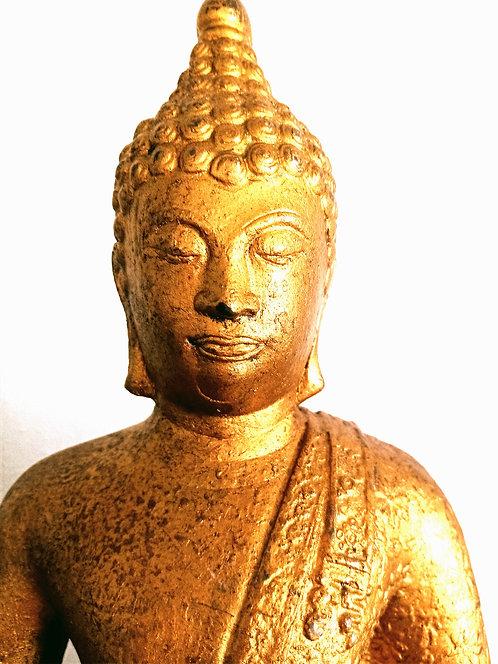 Guld Buddha statue