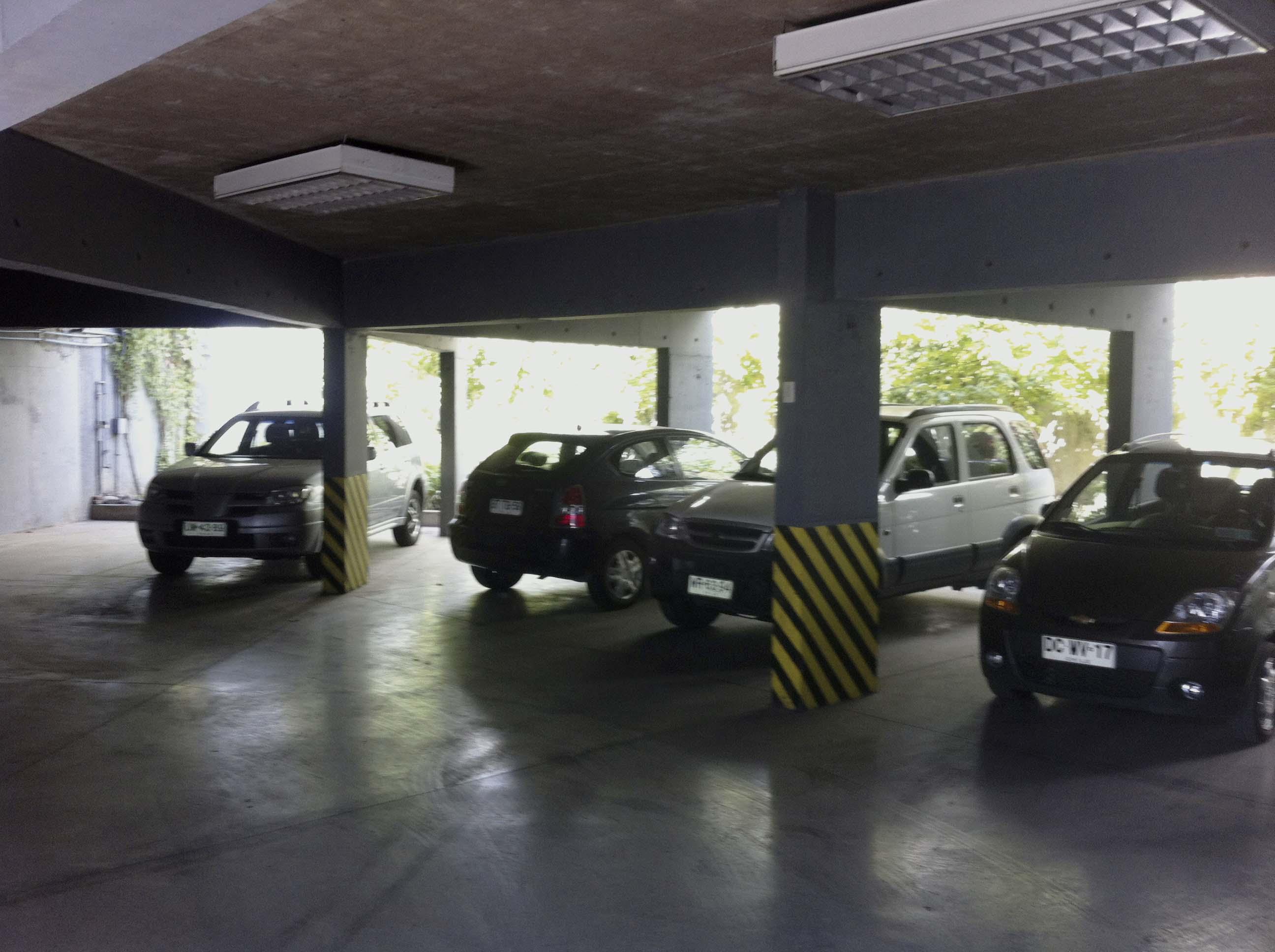 Estacionamientos/Gran Avenida