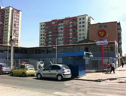 #Locales Esquina Los Almendros