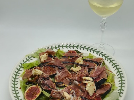 Autumn Fig salad with Parma Ham, Goat's Cheese and a Balsamic glaze