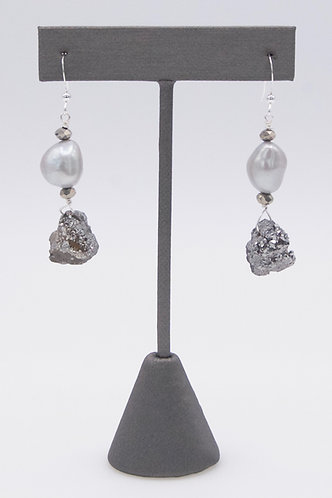 Gray Pearls with Druzy Chips Earrings