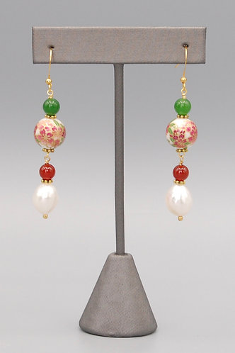 Poinsetta & Pearl Earrings