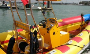 cowes harbour commission RIB