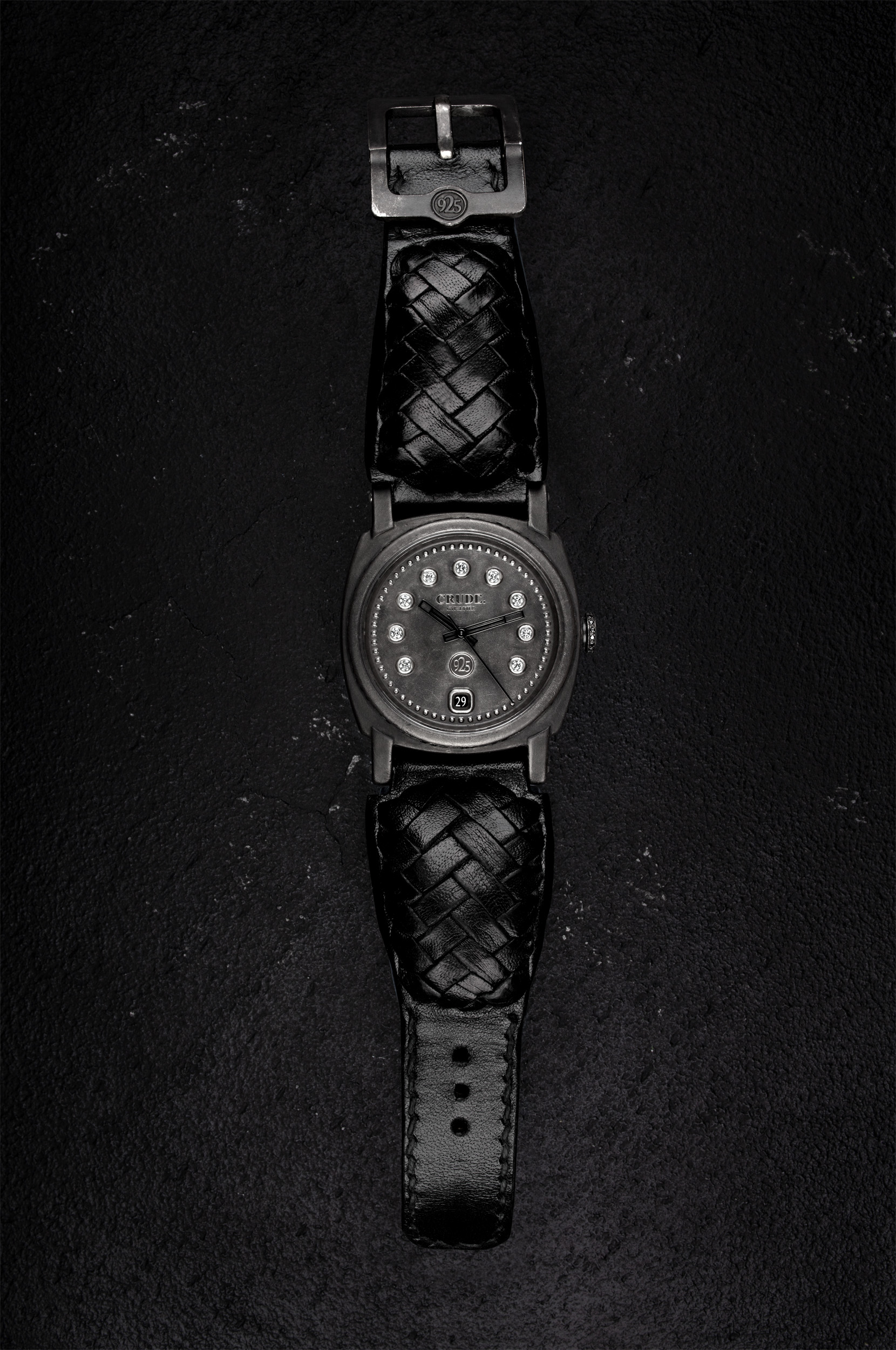 Crude-Modell-7-komplett-schwarz