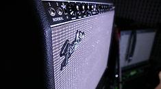 гитарный комбо усилитель Fender