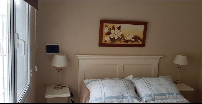 Dormitorios al contra frente