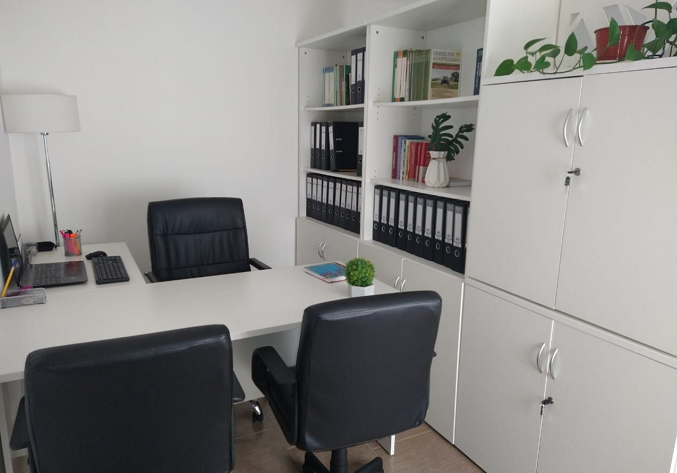 living reconvertido en oficina