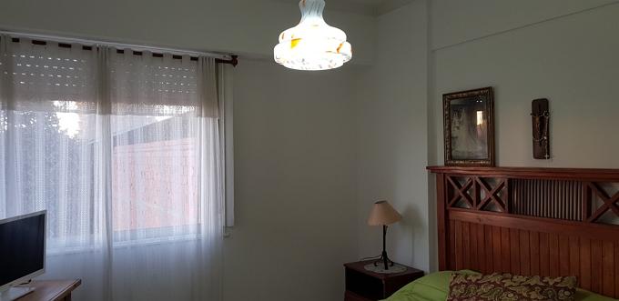 dos dormitorios al contra frente