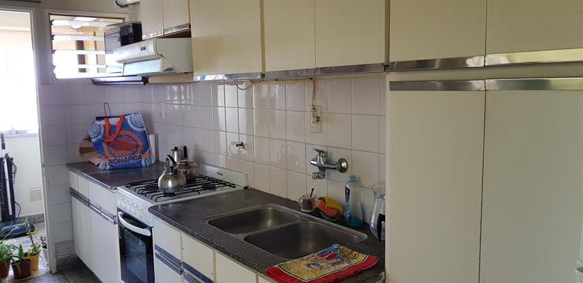cocina vista hacia lavadero
