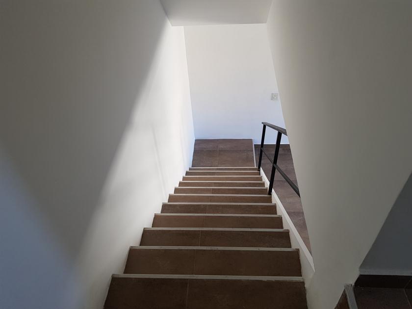 Escalera_del_estar_a_la_habitación