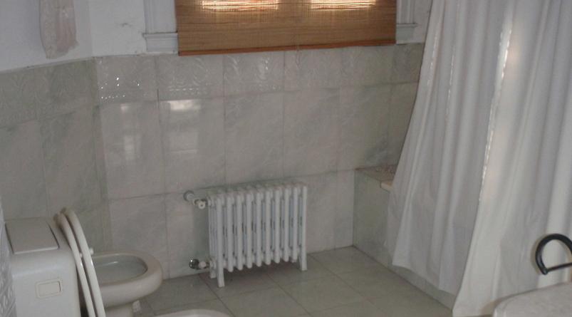 baño_con_bañera_-_dormitorio_principal