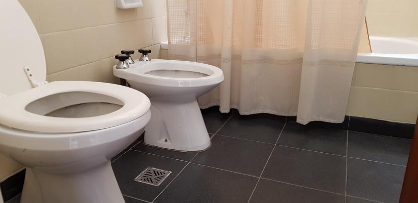 baño_principal_con_bañera