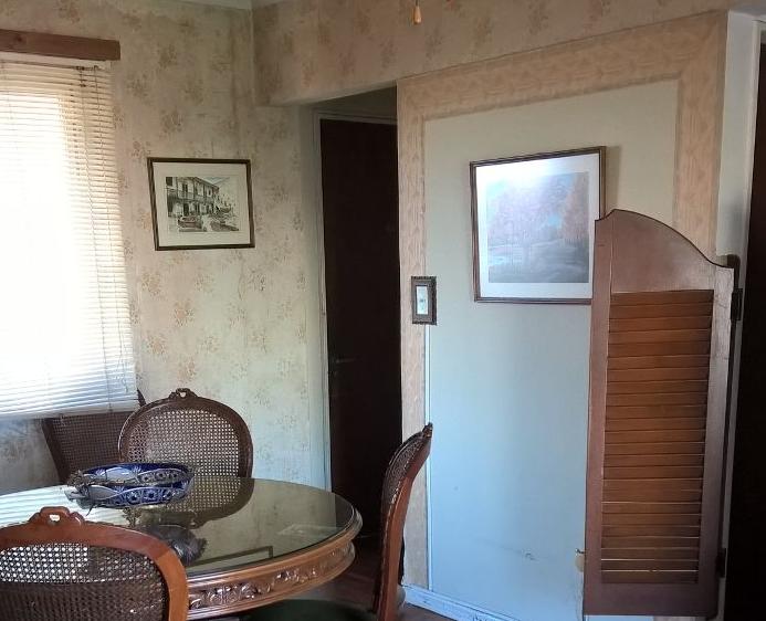 Puerta de ingreso - living comedor - ventana hacia contra frente