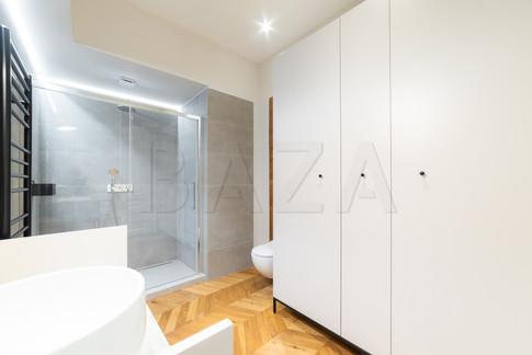 hrambni-prostor-kopalnica.jpg