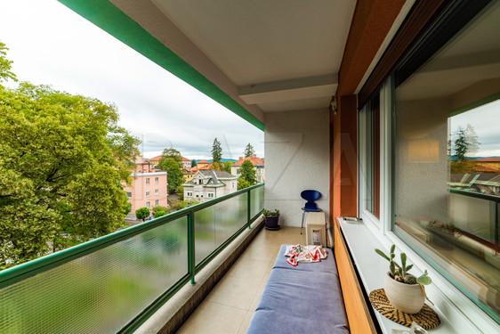 prostoren-balkon.jpg
