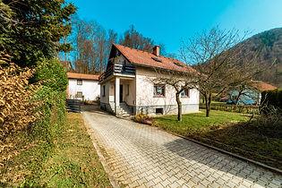 PRODANO!! Hiša samostojna, Ljubljana Spodnje Pirniče, 229.990 EUR