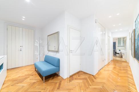 vhod-v-stanovanjejpg