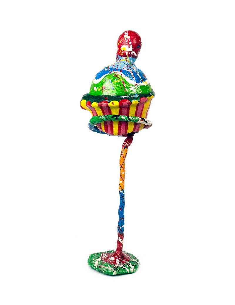 Cupcake, hand-painted sculpture with wire, cast and papier-mâché, 10 x 12 x 28 cm
