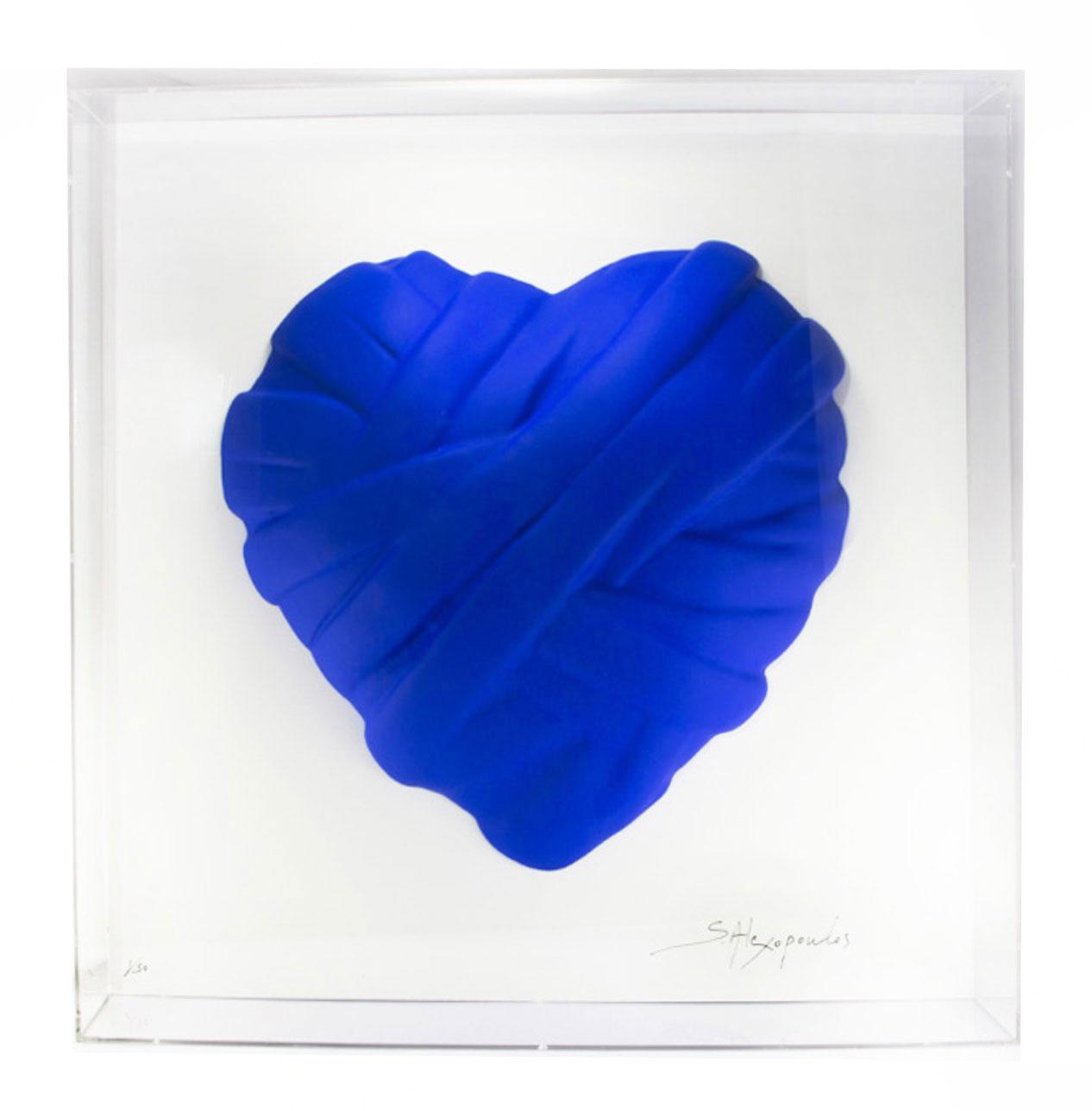 Love me in plexiglass_blue heart