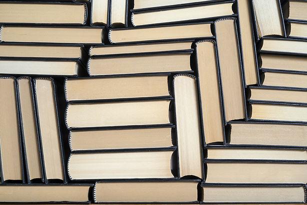 gestapelde Boeken