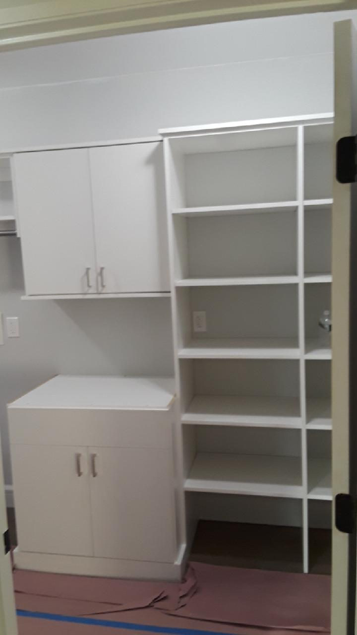 Laundry Room -White with Slab Doors