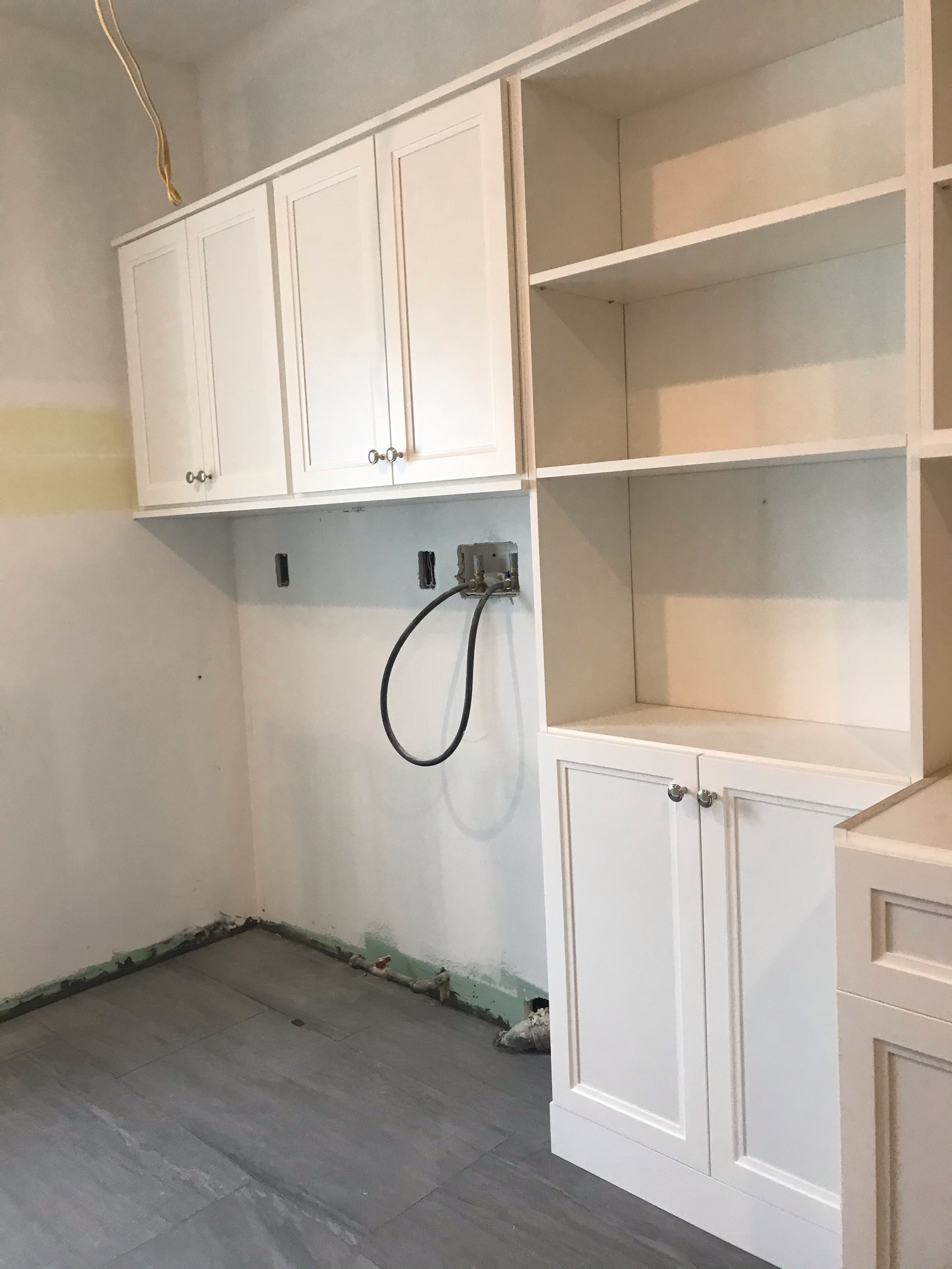 Laundry Room - White - Transitional