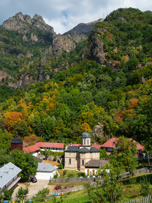 Stanisoara Monastery In Cozia National Park