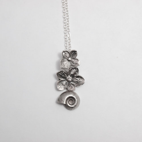 Flower, Flower, Shell Necklace