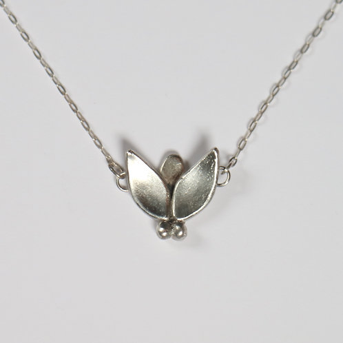 Modern Fly Necklace