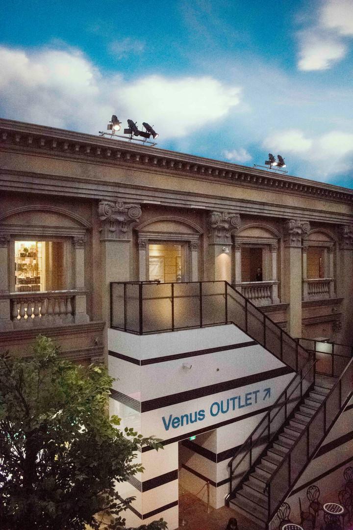 Venus Outlet.jpg