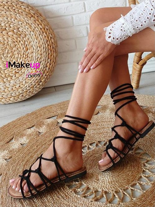 Sandalo modello schiava con laccio nero