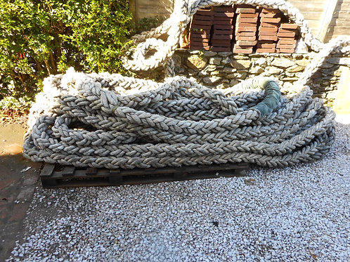 Eight way plaited towing/berthing rope