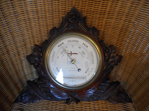 Royal Yacht Squadron - Cowes - barometer