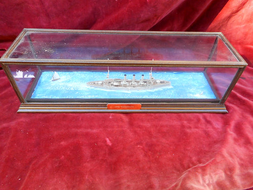 Scale model HMS Monmouth