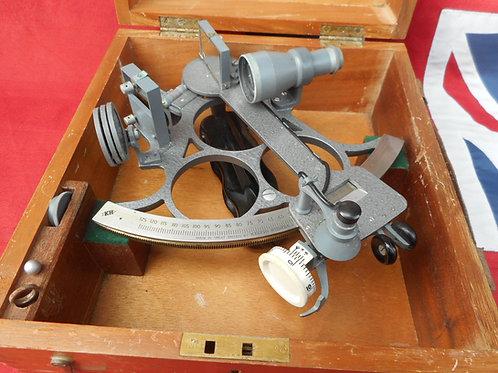 Kelvin Hughes sextant