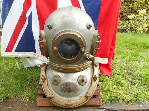 Siebe Gorman 12 bolt tin on diving helmet
