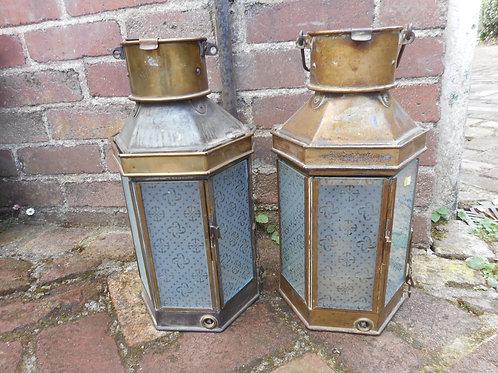 Pair of passage way lanterns