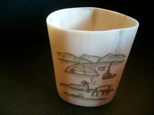 No.62 Pot with Inuit scenes
