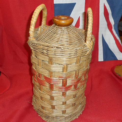 Wicker Rum flagon