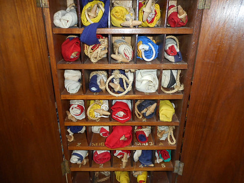Boxed signal flags