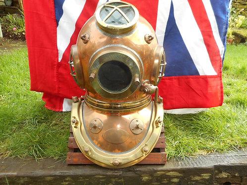 Siebe Gorman 12 bolt 4 light diving helmet