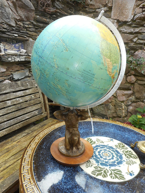 Globe held by Atlas