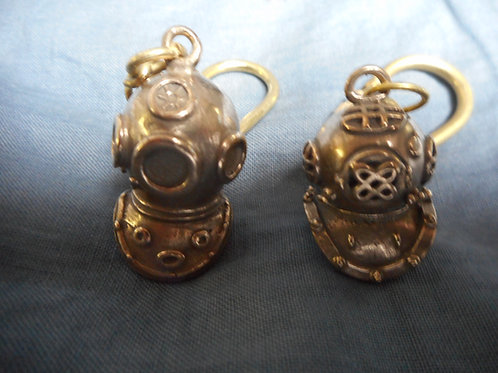 Brass quality diving helmet keyring