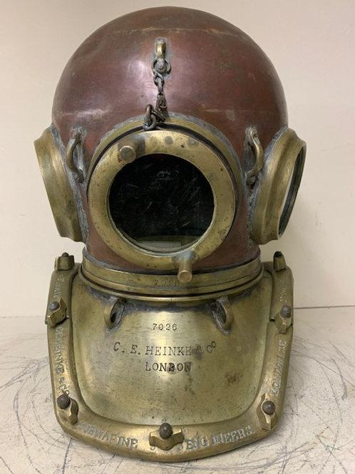 Heinke 'Pearler' 12 bolt diving helmet