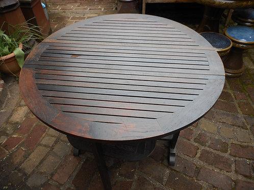 'Brittania' drop-leaf table