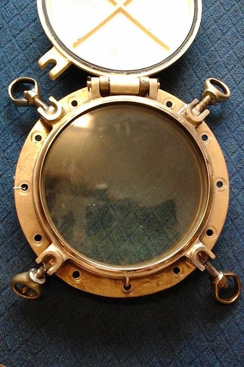 Large porthole with deadlight