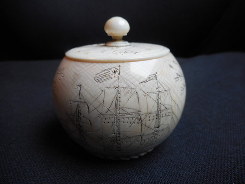 No.350 - Scrimshaw pot with lid
